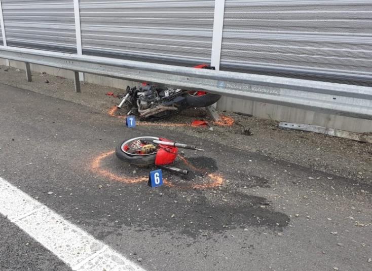 Halálos baleset: szalagkorlátnak csapódott a motoros, 38 éves férfi vesztette életét