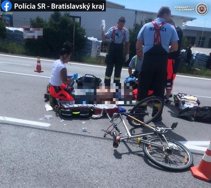 Súlyos baleset: Nem állt meg a stoptáblánál a kamion, elgázolt egy kerékpáros férfit