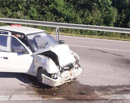 BALESET: Kamionnal ütközött egy személykocsi Vásárút közelében, egy sérültet kórházba szállítottak