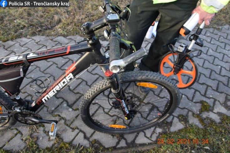 Súlyos baleset: kerékpárost gázolt el a BMW, majd elhajtott – a kocsiban egy csapat fiatal ült