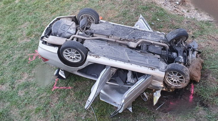 Rendőrök elől menekült a 30 éves autós, az életébe került