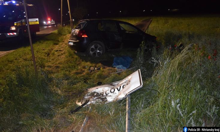 BALESET: Lehajtott az útról a személykocsi, a sofőr nem élte túl az ütközést (FOTÓK)