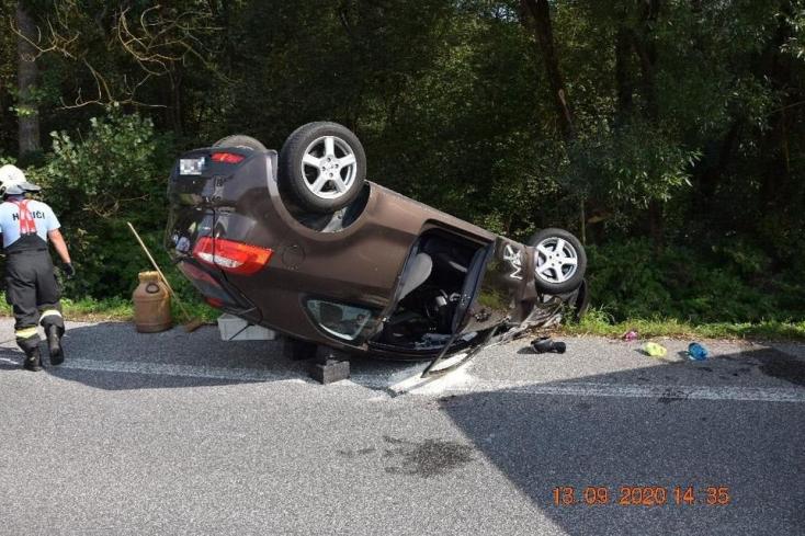 A fáradtság legalább annyira veszélyes, mintha részegen vezetne a sofőr, és ezt bizonyította is egy 62 éves férfi (FOTÓK)
