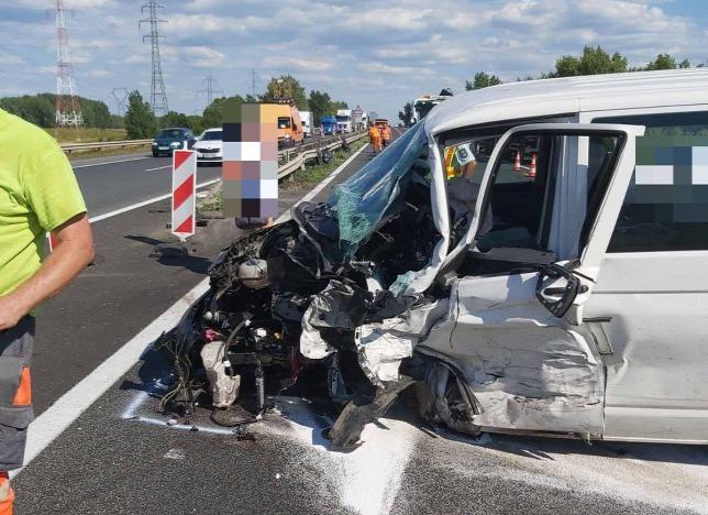 Súlyos baleset Győrnél, egy ember a helyszínen meghalt