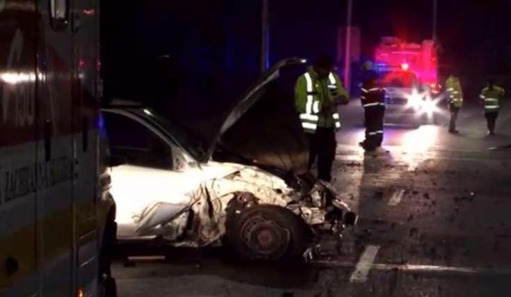 BALESET: Részeg rendőr pattant le kocsijával egy fáról