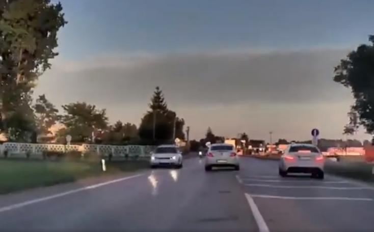Íme a videó, ahogy 2500 adag pervitinnel menekül Nagymegyer felé a 63-ason a fickó a rendőrök elől