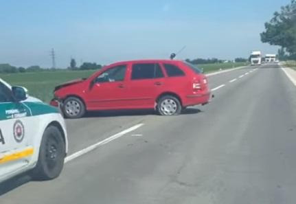 BALESET: Két autó karambolozott Nagymegyer és Alistál között