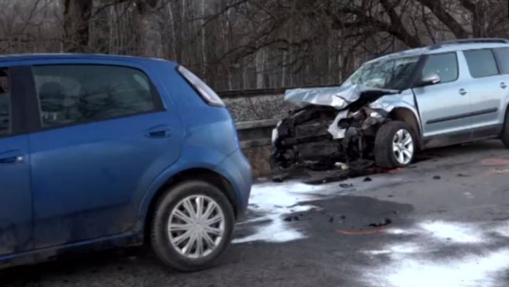 Részeg sofőr okozott súlyos balesetet – egy személyt mentőhelikopterrel vittek el