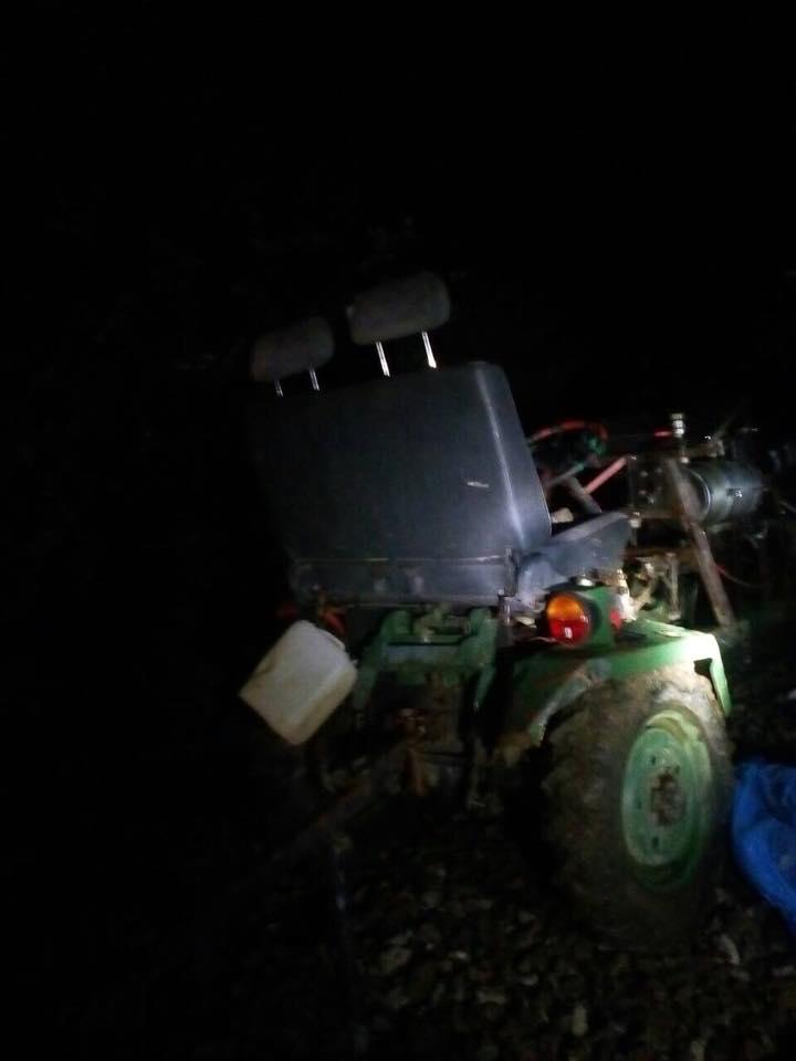BALESET: Kistraktorral ütközött a személyvonat, életét vesztette egy idős nő (FOTÓK)