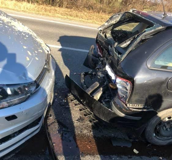 BALESET: Öt autó ütközött Somorjánál a 63-ason