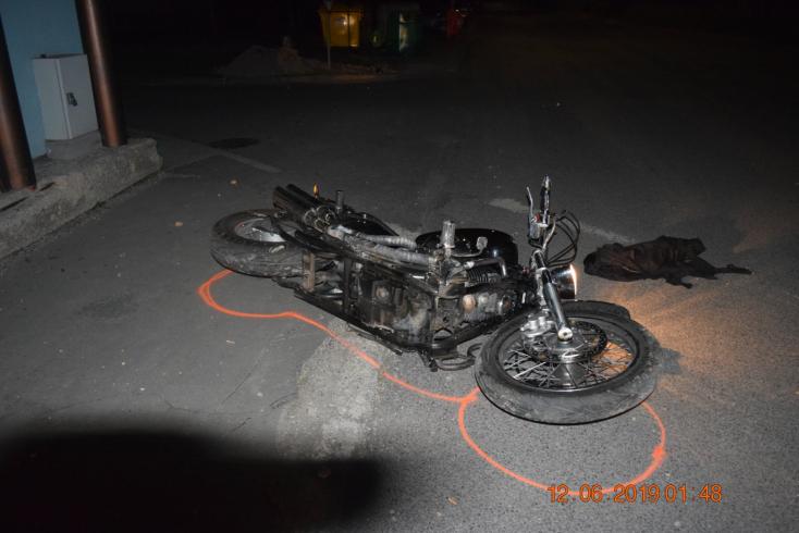 Elvesztette uralmát a motorkerékpár felett, súlyosan megsérült egy férfi