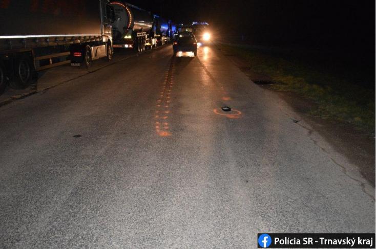 Súlyos baleset: kivilágítatlan gyalogost gázolt el a Fabia