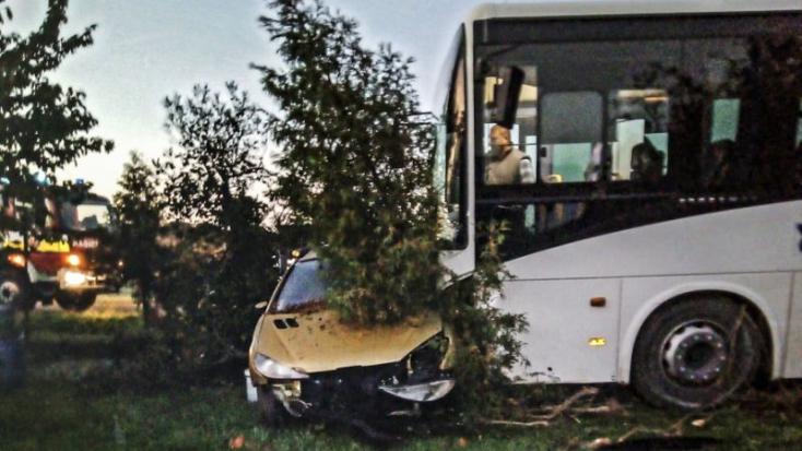 Rosszul lett a buszsofőr – menet közben hívta a 112-t