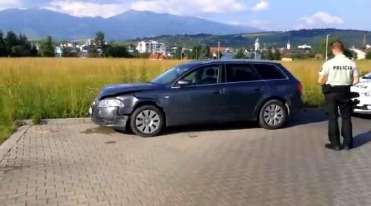 Parkoló autókat amortizáltak a fiatalok, majd elmenekültek