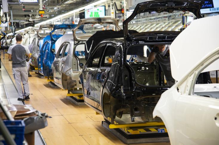 Május közepén indulhat újra a gyártás a Jaguar nyitrai üzemében