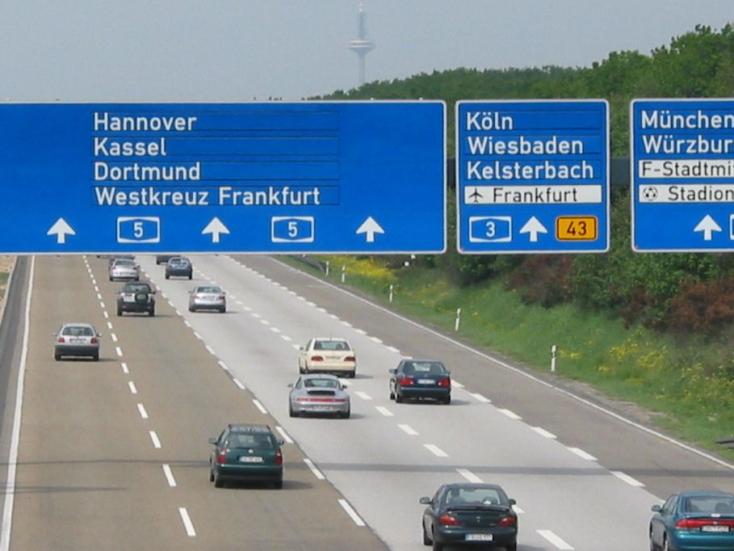 Sértheti jogainkat, ha a németek útdíjat fizettetnek velünk