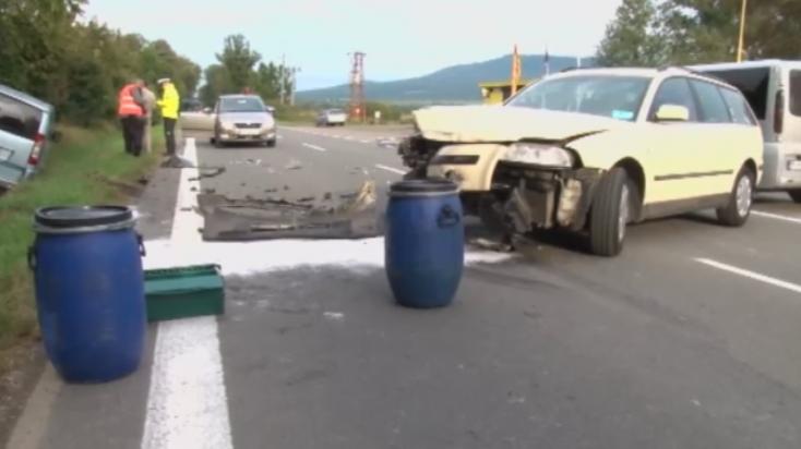 Újabb baleset az elátkozott útszakaszon – a rendőröket rendszeresen riasztják ide