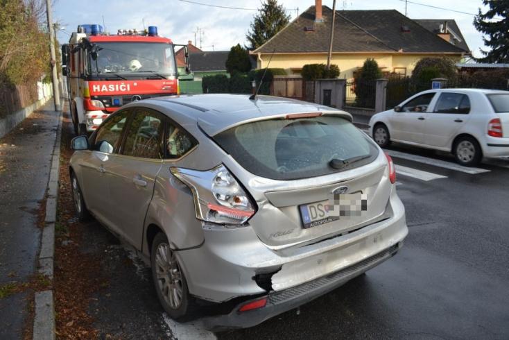 BALESET: Kisbaba is ült a kocsiban, amibe belehajtott egy kamion Dunaszerdahelyen