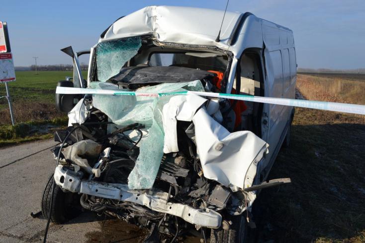 Meghalt a Nagymegyer melletti baleset súlyos sérültje