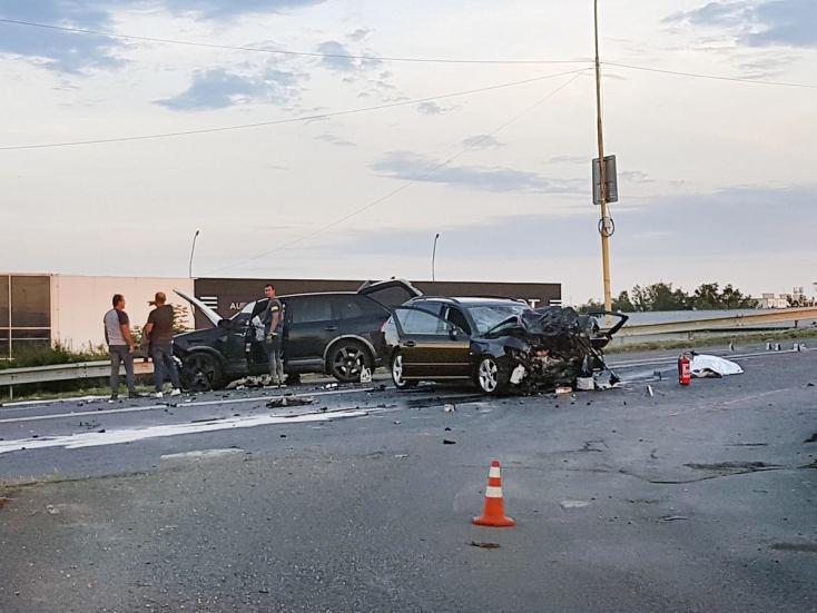 5 évet kapott a szlovák vállalkozó, aki részegen két embert ölt meg Porsche Cayenne-jével