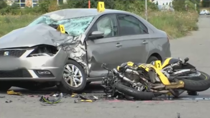 Motoros ütközött személyautóval – a 33 éves férfi a helyszínen meghalt