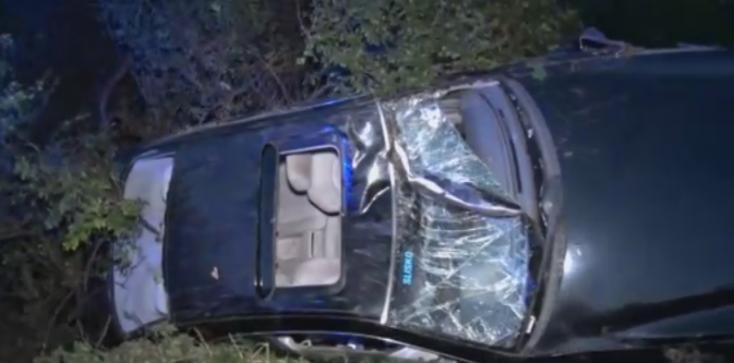 Rosszul mérte fel a helyzetet, felborult jobbkormányos autójával a sofőr