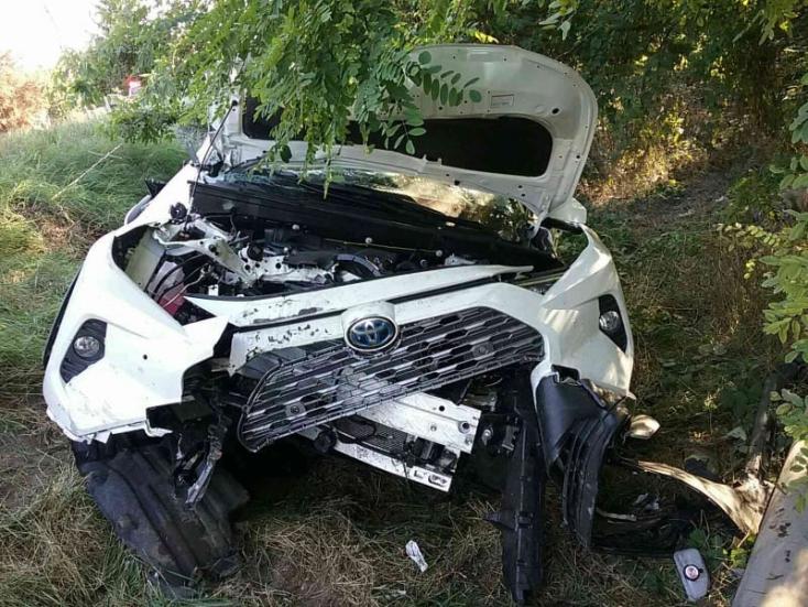 BALESET: Toyota karambolozott a 63-ason, ketten megsérültek