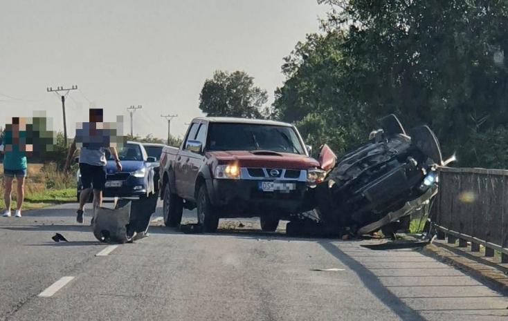 Súlyos baleset történt Ekecs és Bogyarét között!