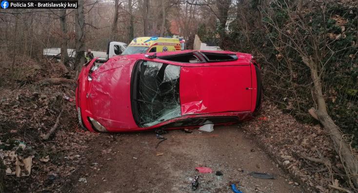 BALESET: Alaposan odatette magát és kocsiját az ittas sofőr