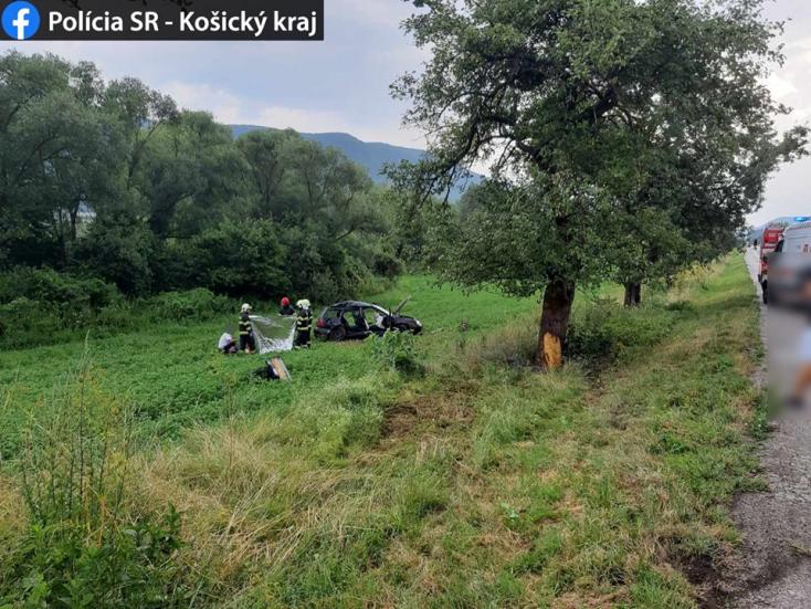 Ketten vesztették életüket a Rozsnyó melletti balesetben