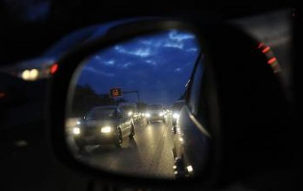 Pozsonyban közúti balesetek nehezítik a közlekedést