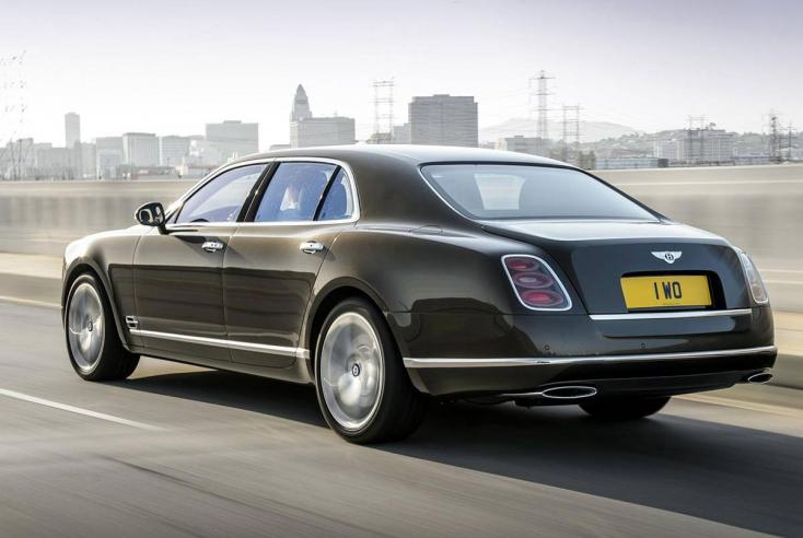 Ön szerint volt a D2-esen hasító Bentley-sofőrnél egy vacak ötszázas, hogy kifizesse a bírságot?
