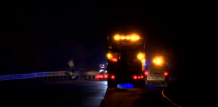 BALESET: Két teherautóval ütközött frontálisan az ittas sofőr