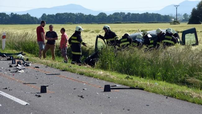 TRAGÉDIA: Holtrészegen okozott halálos balesetet egy nő – levideózták a történteket