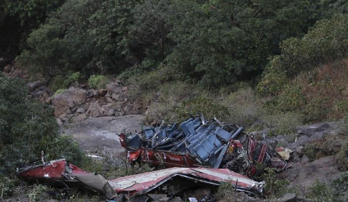 Sokan életüket vesztették egy indiai buszbalesetben