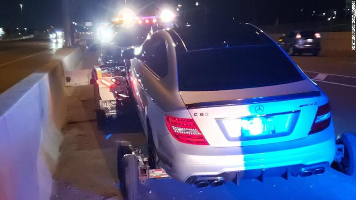 Lefülelték a rendőrök a 19 éves fiút, aki308 km/h-val száguldott a kanadai autópályán