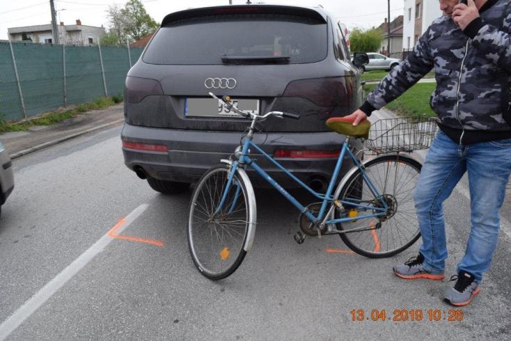 Életveszélyes állapotban szállították kórházba a biciklijén elgázolt idős nádszegi nénit