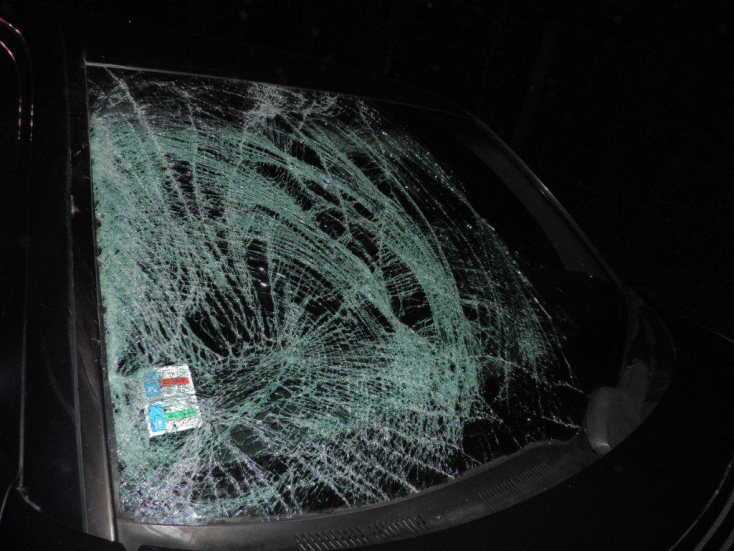 BALESET: Villanyoszlopnak rohant egy Volkswagen Golf, egy ember meghalt