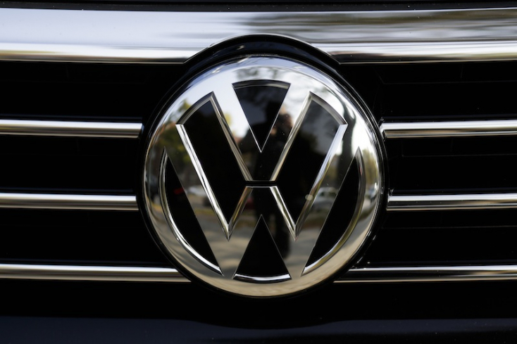Tömeges modellváltás várható az autógyárak kínálatában a szigorúbb emissziós normák miatt
