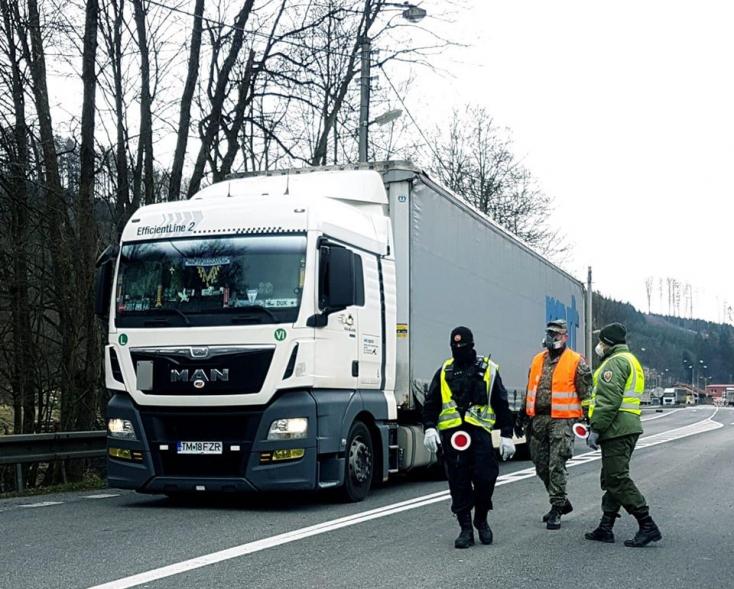 36 óránál nem régebbi negatív tesztet kérnek a kamionosoktól Csehországban
