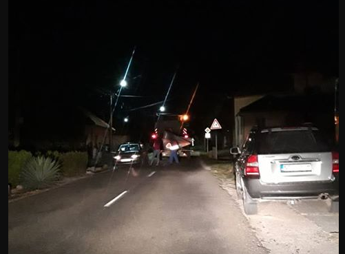 Kéménden aratógép ütközött egy kocsival