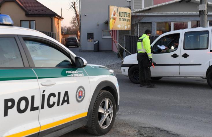FIGYELEM! Álrendőr állítgatja az autósokat, fiktív bírságokkal csal ki tőlük pénzt