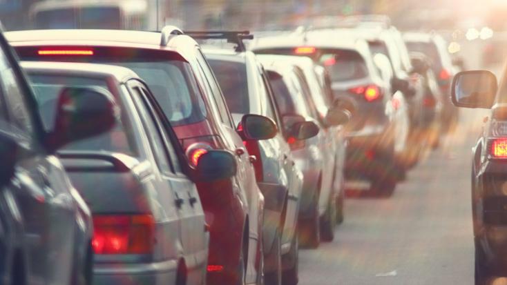 Jövőre már mi is környezetbarátabb, E10-es benzint tankolhatunk – de mit is jelent ez?