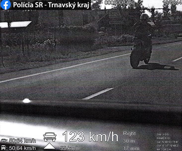 Jól ráfázott egy motoros, miután megtudta, kit előzött meg Somorján