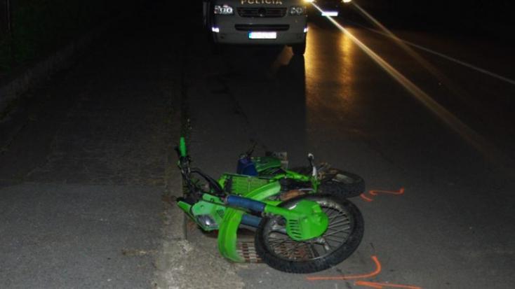 Betonoszlopnak repült egy jogsi nélküli motoros, belehalt!