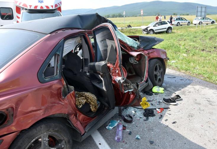 Fiatal sofőr halt meg Gímesnél