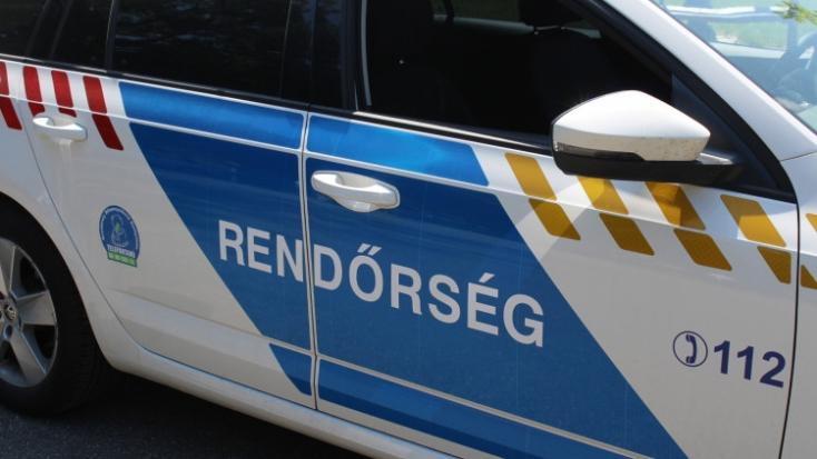 Heten sérültek meg egy balesetben az M1-esen Győr közelében