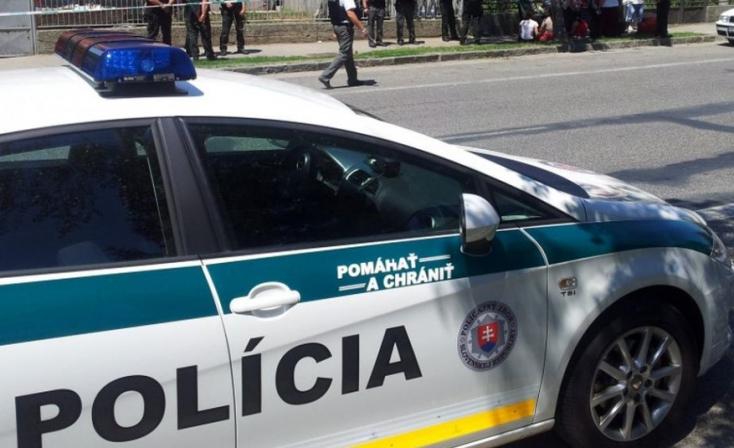 Tökrészegen hasított a BMW-t vezető 43 éves nő, rács mögé került