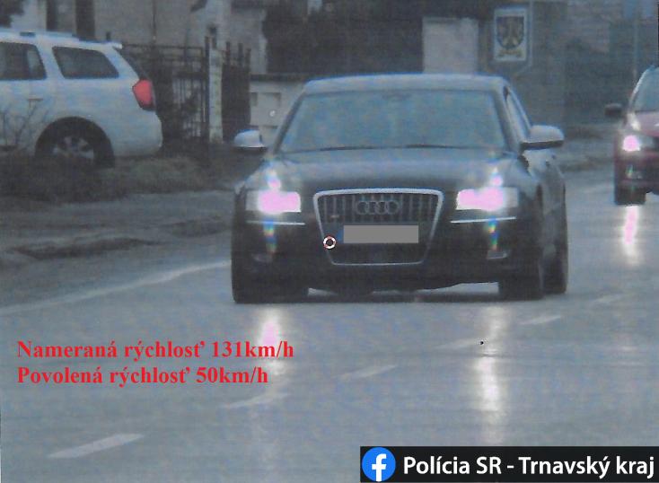 """131-gyel repesztett egy Audi a faluban – a galántai rendőrök """"megjutalmazták"""" a sofőrt"""
