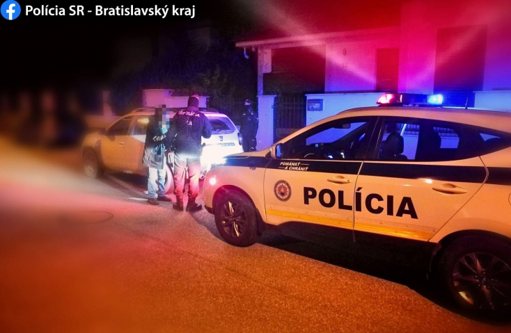 Egy holtrészeg és egy ecstasy-birtokló spanyolt is lefüleltek egy szuszra a szlovák zsaruk